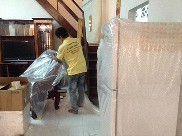 Dịch vụ chuyển nhà trọn gói quận 2 Kiến Vàng uy tín, giá rẻ nhất TpHCM