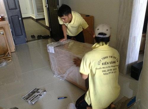 Dịch vụ chuyển nhà trọn gói Kiến Vàng luôn đảm bảo tốt nhất với mức giá rẻ nhất