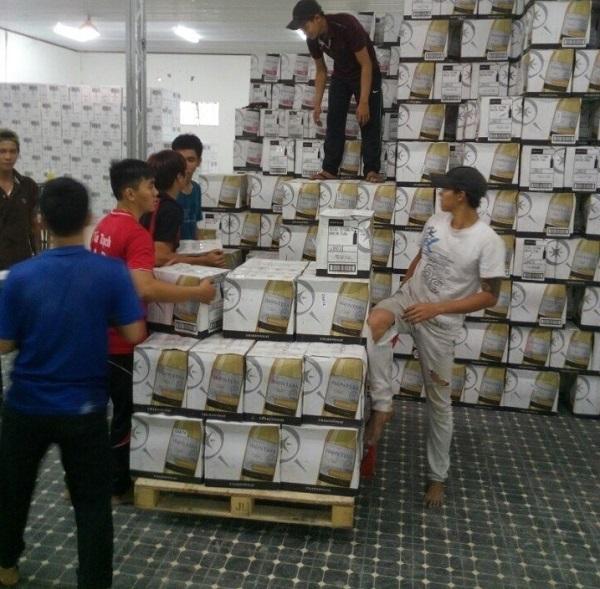 kiểm tra, xác định số lượng hàng hóa khi vận chuyển kho xưởng