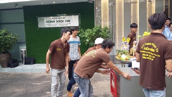 Ngoài cho thuê xe tải, Kiến Vàng còn cung cấp dịch vụ chuyển văn phòng trọn gói nhanh chóng tiện lợi