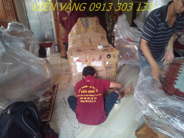 Dịch vụ chuyển nhà trọn gói của Kiến Vàng chuyên nghiệp, nhanh chóng, tiết kiệm