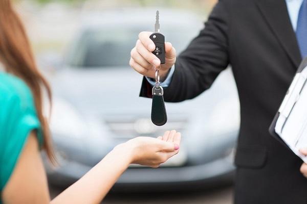 Cần kiểm tra cẩn thận từng chi tiết trước khi nhận xe!