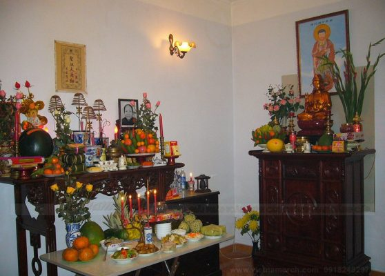 Cần lựa chọn vị trí để lập bàn thờ thần linh và gia tiên ở nhà mới