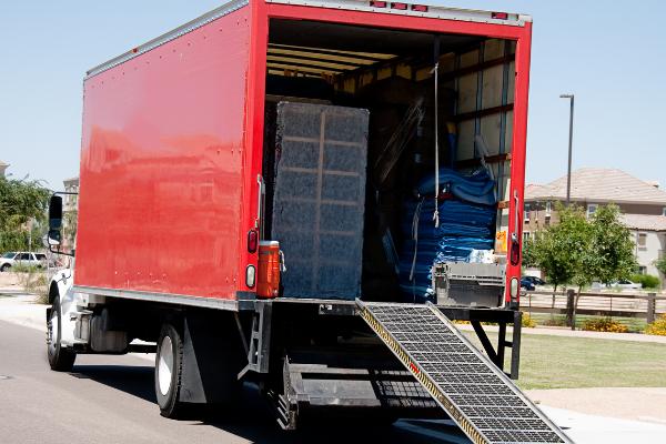 Xe tải là phương tiện vận chuyển được sử dụng nhiều nhất hiện nay