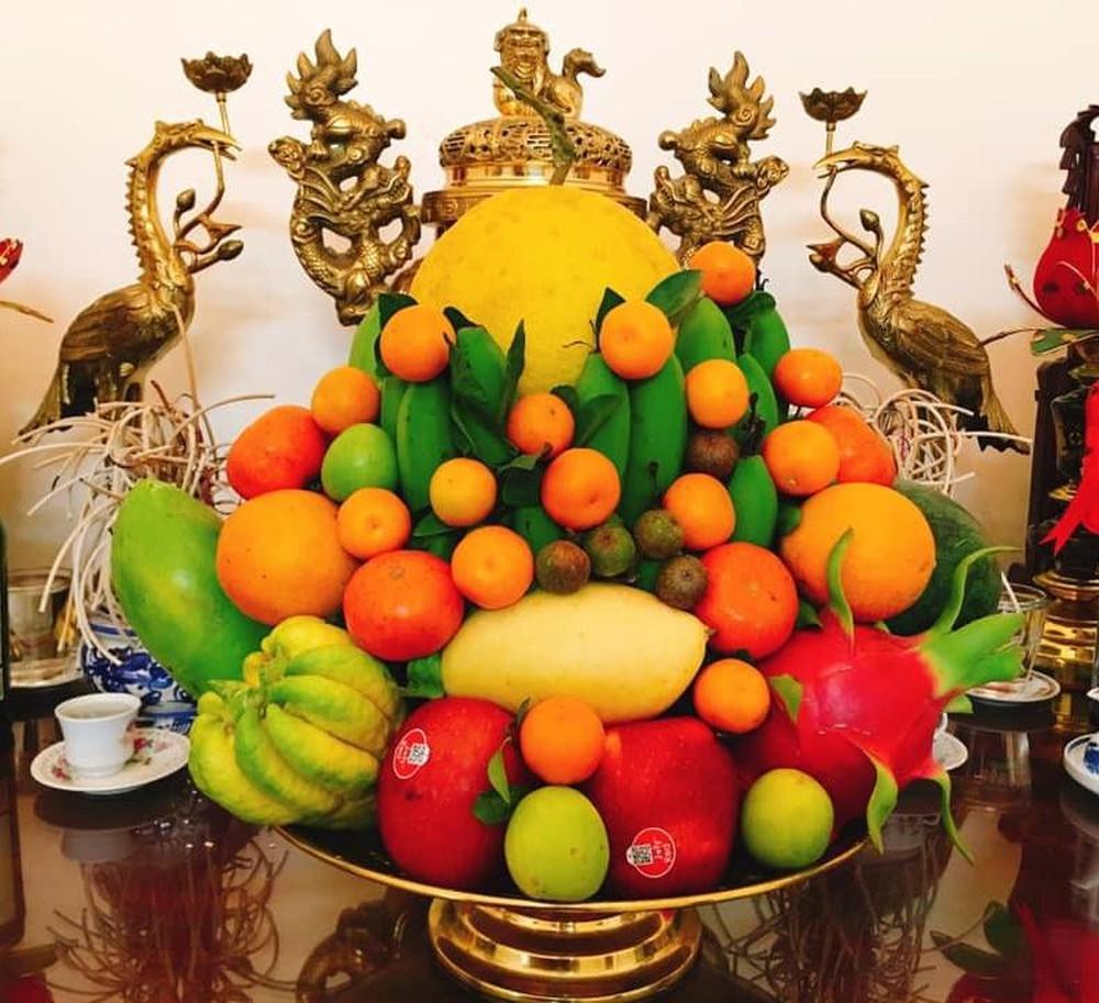 Mâm ngũ quả cúng lễ nhập trạch có thể là bất kỳ loại quả nào chỉ cần đủ 5 loại và bày trí gọn gàng, bắt mắt